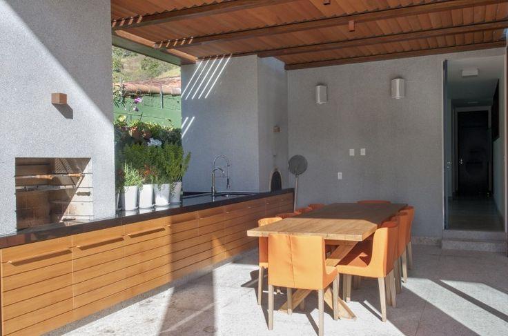 Construção: Stewart Engenharia -Arquitetura: Miguel Pinto Guimarães | Correas - RJ
