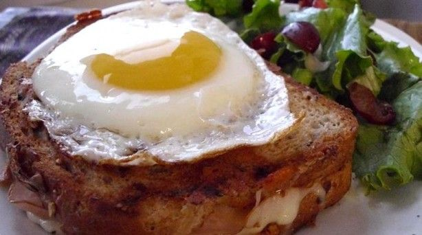 Croque Madame: Grilled Cheese
