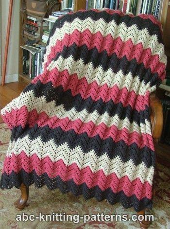 Classy Crochet: Really like this free crochet pattern.