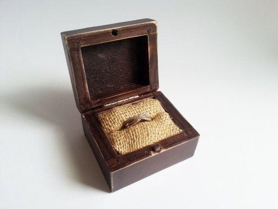 Rustic engagement ring box, wedding pillow rustic looking old vintage rustic wedding burlap #weddingbouquet #jewelry