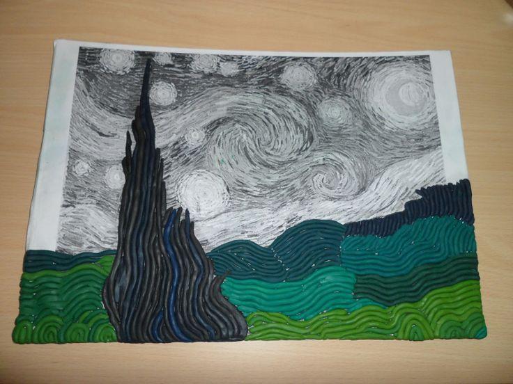 """Utilizando plastilina de diferentes colores se puede reinterpretar cualquier cuadro como """"La noche estrellada""""."""