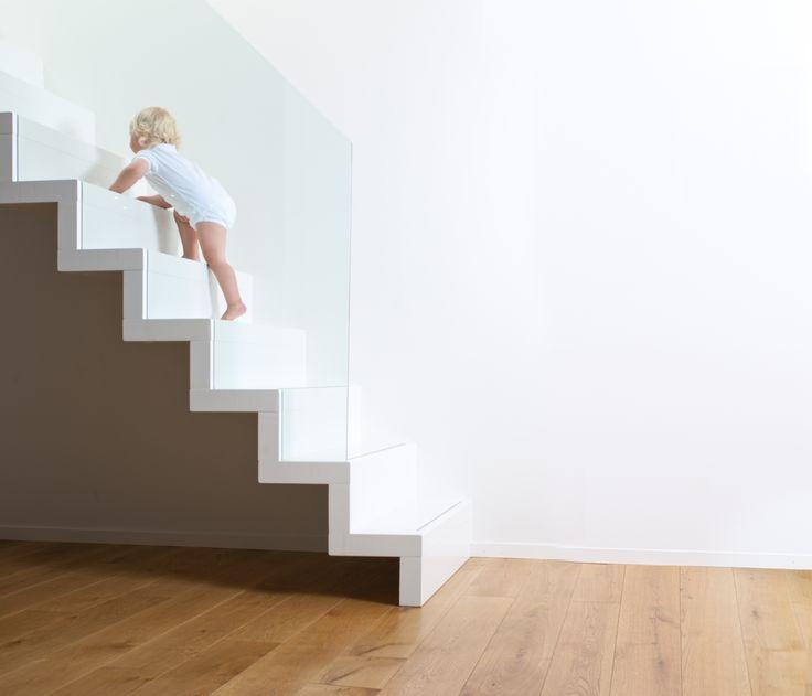 trapp med glassrekkverk - Google-søk