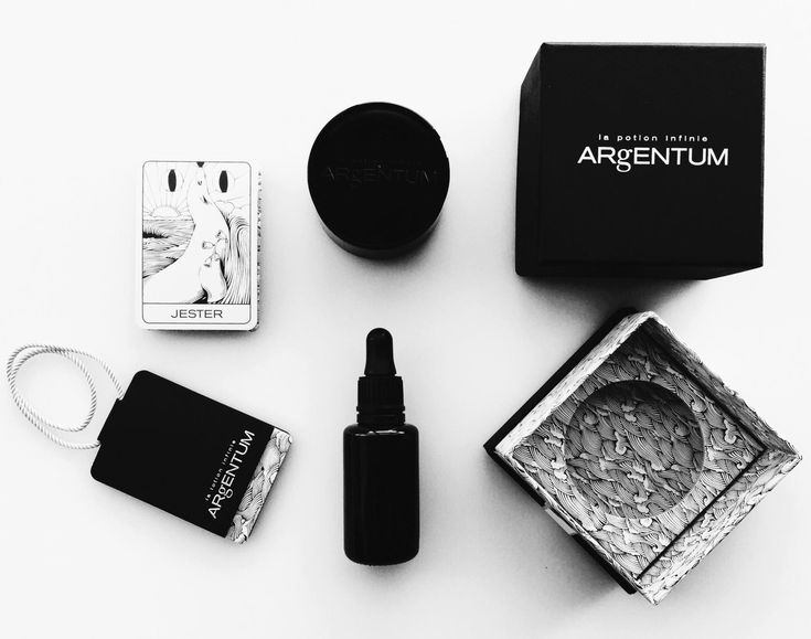 A Magic Potion and A noncomedogenic oil: Argentum Apothecary La Potion Infinie Face Cream and  L'Etoile Infinie Face Oil Reviews.