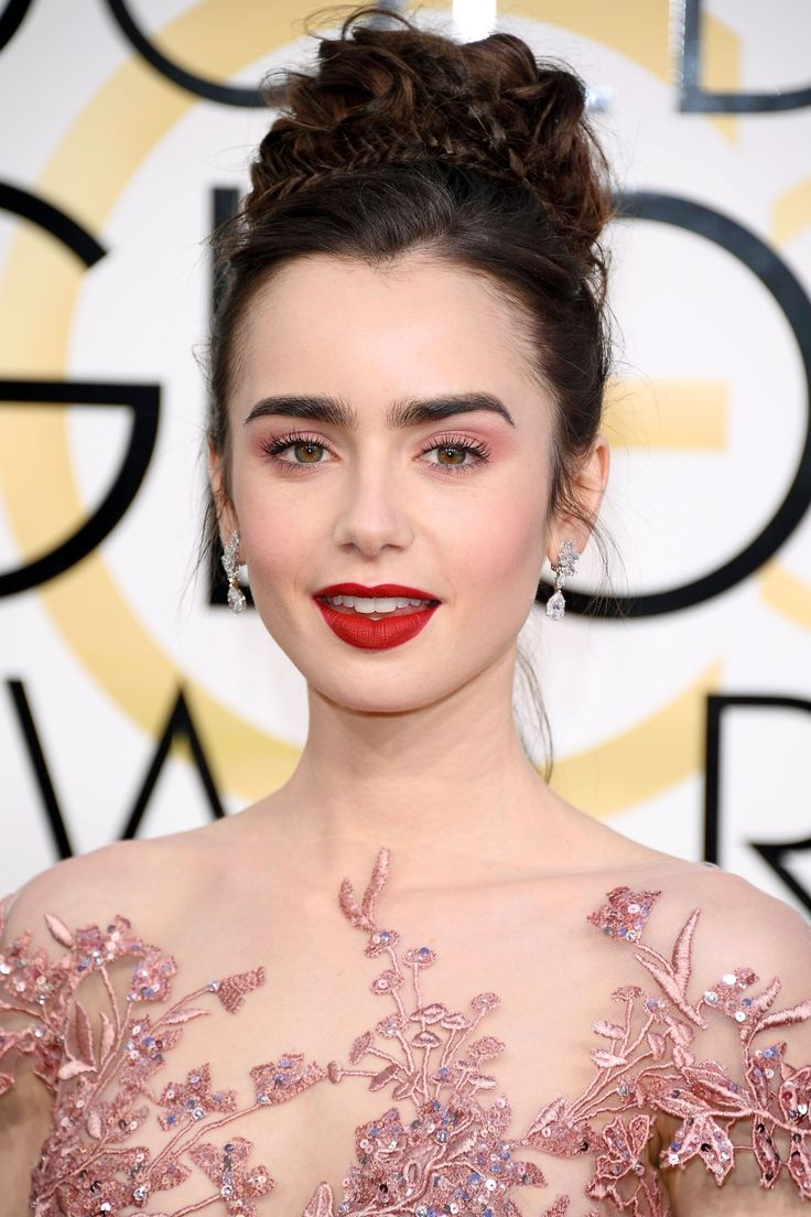 From lily collins hairstyles 2017 best haircuts and hair colors - The Best Beauty Looks From The Golden Globes Best Hairlily Collinsnatural