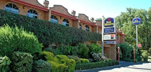 Best Western Cathedral Motor Inn  96-102 High Street  Bendigo  (03) 5442 5333