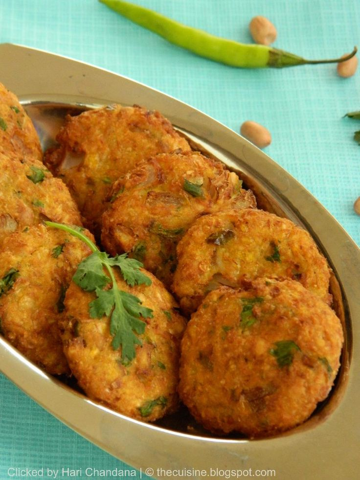 Corn and Peanut Vadai      Preparation & Cooking Time : 15 - 20 minutes   Serves : 2 persons     Ingredients :   Sweet Corn Kernels : 1/2...