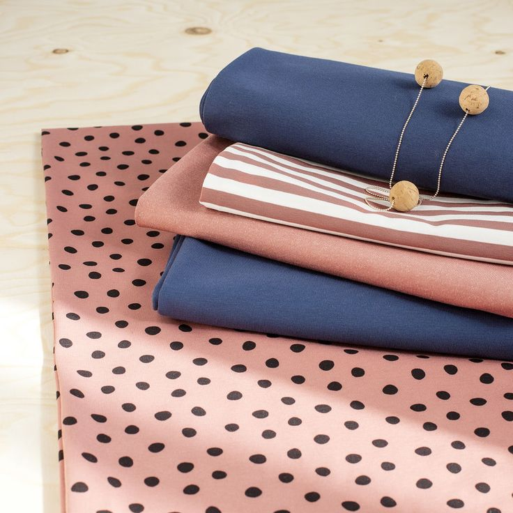 PYRY, Cedar Wood - Black | Nosh.fi ENGLISH  | Get inspired by new NOSH fabrics for Summer 2017! Discover new colors and prints in quality organic cotton. Shop new fabrics at en.nosh.fi