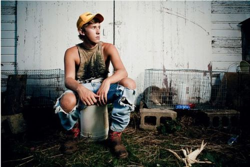 Why isn't there cute country boys like this where I'm from?! ;(