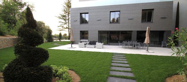 Huvila Rampale on modernin arkkitehtuurin taidonnäyte (Provence, Ranska).