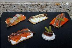 canapes de anchoa variados
