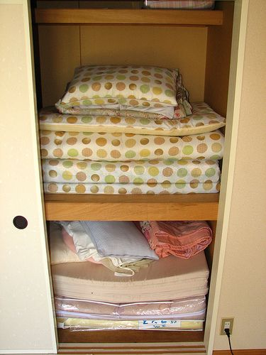 How to Take Care of a Japanese Futon: Storing Your Futon