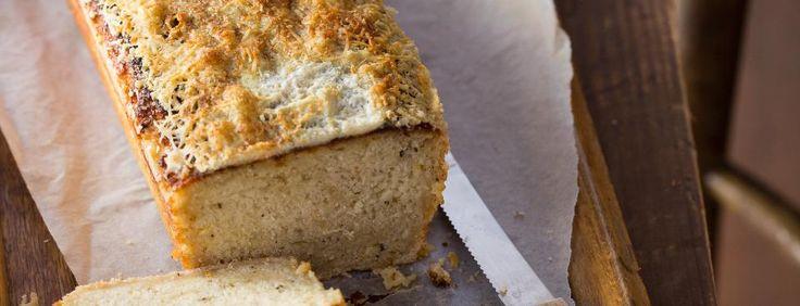 Pivní chlebíček s pepřem a parmazánem