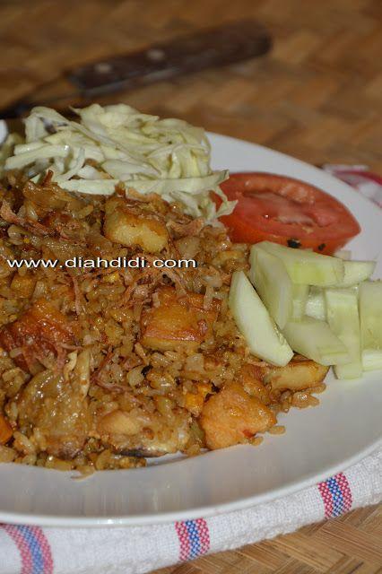 Diah Didi's Kitchen: Sepiring Nasi Goreng Dhok Dhok Ala Abang Abang..di Nikmati Saat Hujan..Yummy..^^