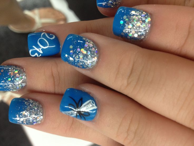 My graduation nails! Love them!