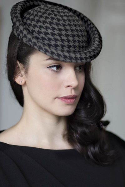 Perch Hat - Houndstooth  BY MAGGIE MOWBRAY #millinery #hats #HatAcademy