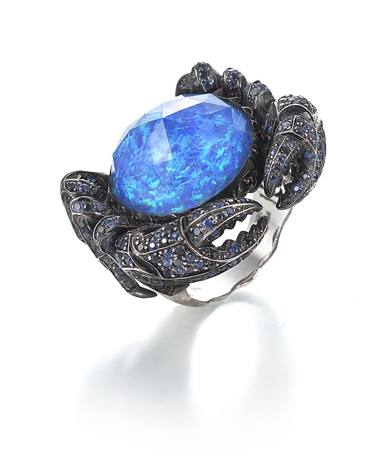 Stephen Webster 18-carat White Gold Jewels Verne Crab Ring with Black Opal Crystal Haze, Sapphires and Black Diamonds.