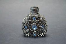 Vtg Cseh flligree parfümös üveg átlátszó üveg kék kövek üvegből Dauber