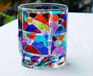 Поставьте на новогодний стол стаканы-витражи