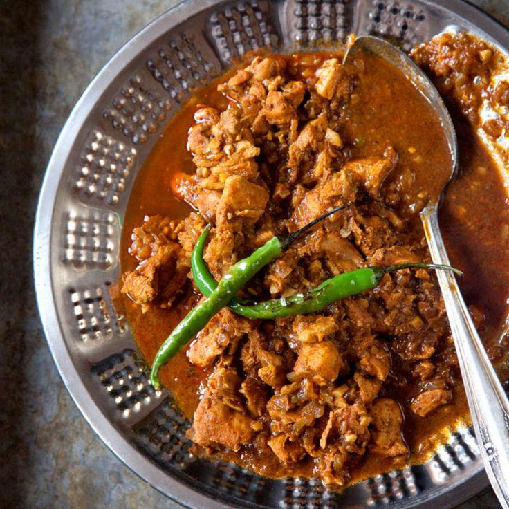 "Indian ""Hot"" Chicken Curry (Vindaloo) (""Saveur"")."