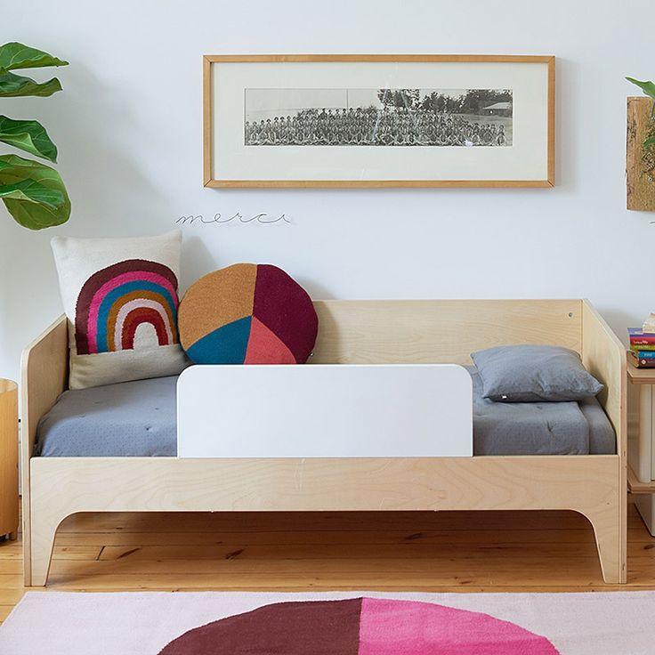 Oeuf Juniorbett-Bettbank Perch 70 x 140 in Birke mit Rausfallschutz