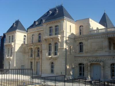 Le chateau de la buzine a marseille bastide marseillaise celebre pour avoir ete celle de marcel pagnol guide touristique des bouches du rhone paca