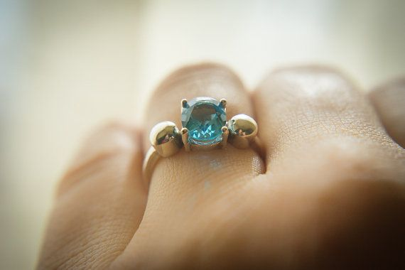 Swiss Blue Topaz Ring Natural Blue Topaz Ring Oval by ImaniGems