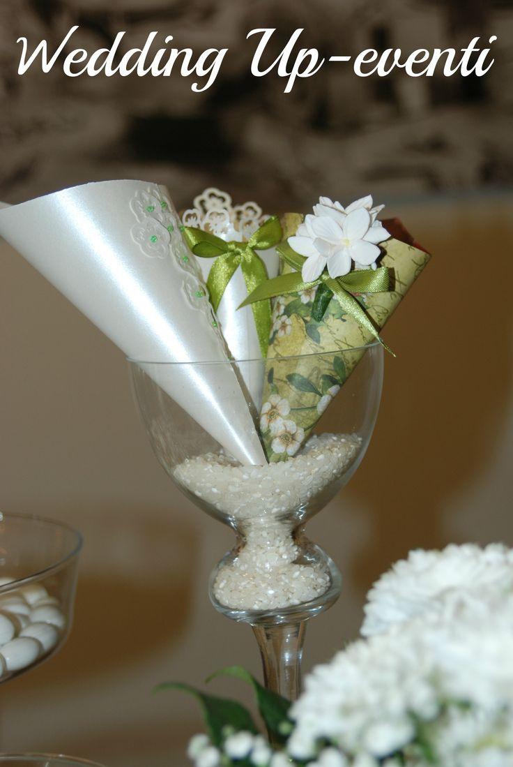 Conetti per Riso Wedding Up-eventi.. Carta Perlata,Intarsi, Perle e Fiori di carta..