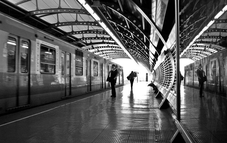 Subway by Manuel Alejandro Venegas Bonilla