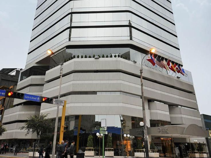 Lima Hotel Estelar Miraflores Peru, South America Hotel Estelar Miraflores is a popular choice amongst travelers in Lima, whether exploring or just passing through. The hotel offers a wide range of amenities and perks to ensure you have a great time. Free Wi-Fi in all rooms, casino, 24-hour room service, facilities for disabled guests, Wi-Fi in public areas are just some of the facilities on offer. Television LCD/plasma screen, internet access – wireless, internet access – wir...
