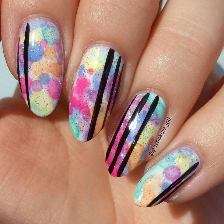 Zobacz na Instagramie zdjęcie użytkownika @paznokcie_jgd • Polubienia: 186 Rainbow nail art dots