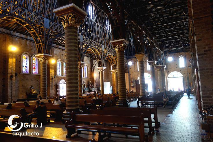 Catedral de Nuestra Señora de la Pobreza. Nave lateral
