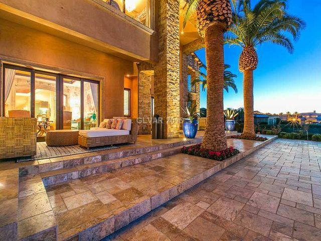 24 best images about luxury homes of las vegas on for Luxury house for sale in las vegas