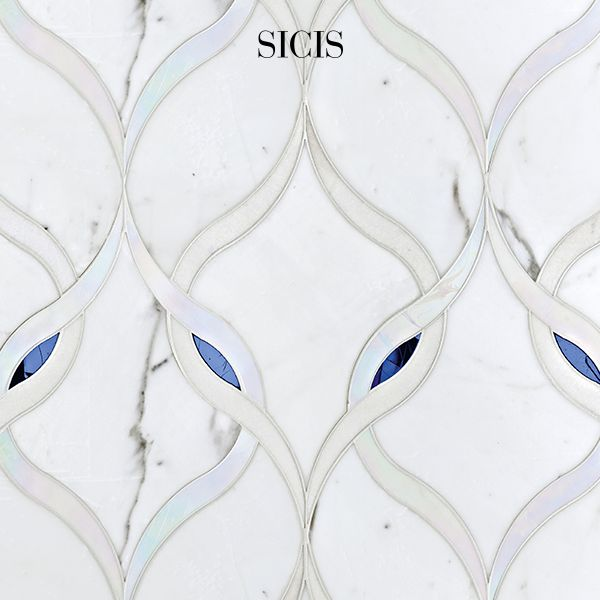 Marble has been carved to realize artistic masterpiece since classical times. Our masters set every single tesserae by hand and enhance the creation with the incredible colors and shades of Colibrì.