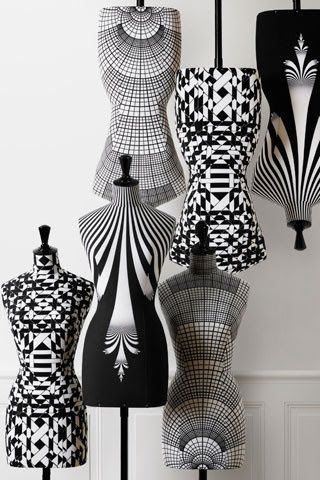 Op art mannequins. haute couture, designer brand, luxury brands, style, fashion, glamour, handmade , luxurydesign , arts & crafts , bocadolobo , luxuryfurniture www.bocadolobo.com