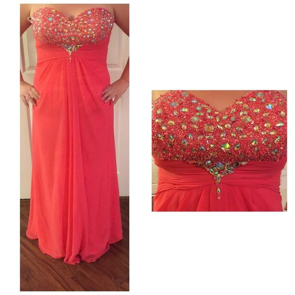 Coral Formal Dress XL Coral Formal Dress XL brand new with tags. Size is XL I wear a 14 and fits perfectly. Very pretty dress. Dresses Strapless