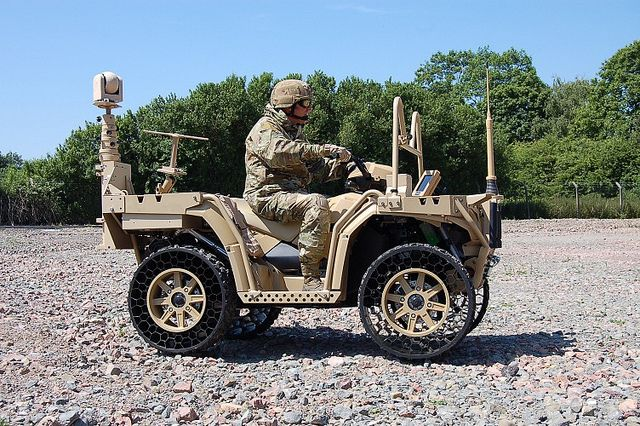 c quad c4istar l war vehicles pinterest military. Black Bedroom Furniture Sets. Home Design Ideas
