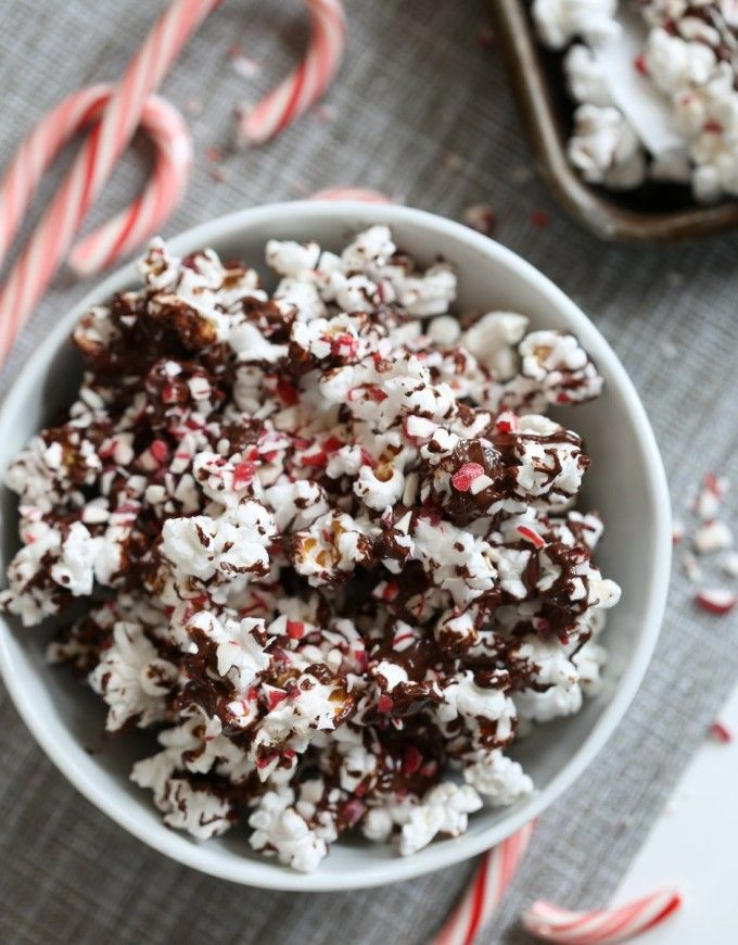 Dark Chocolate Peppermint Popcorn via @inquiringchef: