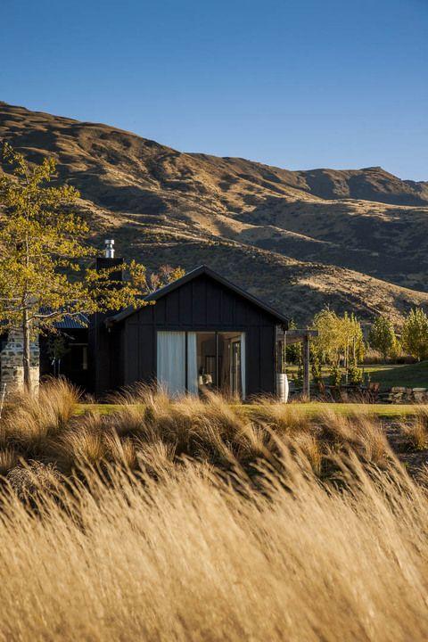 ¡Montañas en todas partes! #Queenstwon en Nueva Zelanda es el paraíso de los senderistas. Y esta casa puede ser tu campamento para explorar la isla.