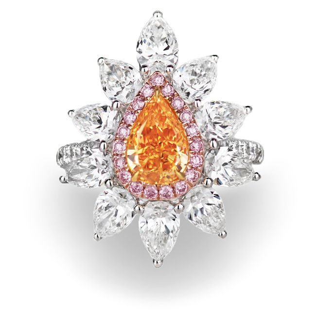 Fancy Vivid Orange Diamond Ring