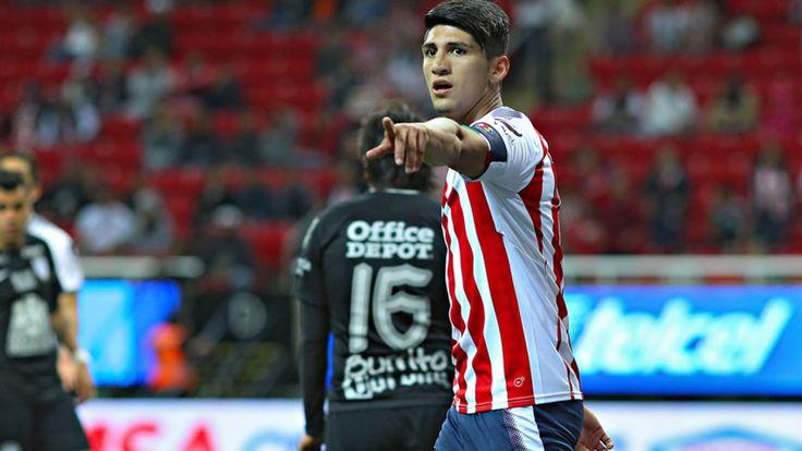 Con Chivas Alan Pulido no le ha anotado al América en Liga - Medio Tiempo.com