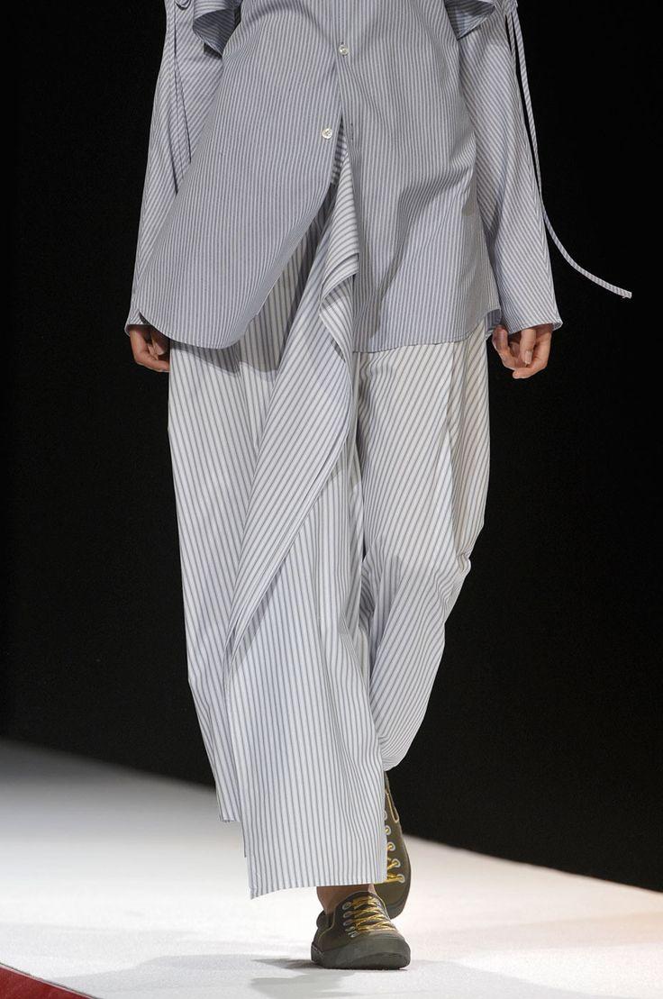 Yohji Yamamoto at Paris Spring 2012 (Details)