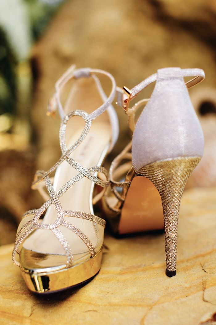 Gold shιny modern bridal shoes by Walk#photography:STUDIO FOUSEKIS