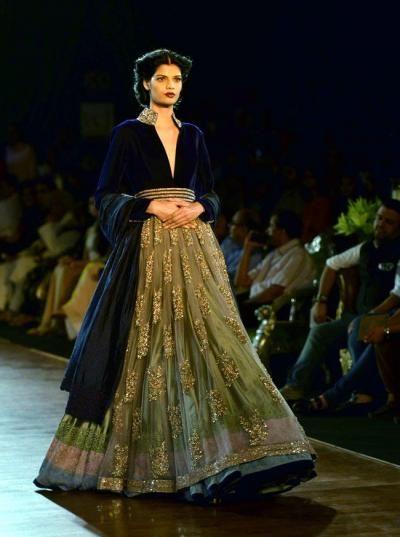 Manish Malhotra Info & Review | Bridal Wear in Mumbai | Wedmegood