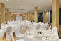 Small wedding reception at the Coast Plaza Hotel and Conference Centre, Calgary, AB