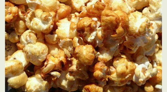 Popcorn überzogen von Karamell wie im Kino! › www.kochen-und-backen-im-wohnmobil.de