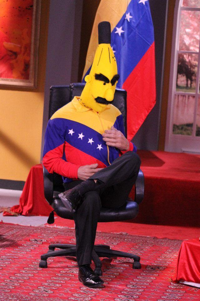 """PRESIDENTE MADURO ACUSA A ANDRÉS PATRAÑA DE AUSPICIAR GOLPE DE ESTADO EN SU CONTRA A propósito de la visita de los expresidentes, el  señor Maduro afirmó que el ex mandatario colombiano está en territorio bolivariano para apoyar un golpe de Estado que se estaría fraguando contra su gobierno.  """"Vienen a apoyar un golpe de Estado"""", dijo airado,al referirse a la llegada de los ex mandatarios a su país, mencionando que tienen la intenciòn de apoyar el derrocamiento de un """"gobierno legítimo""""."""