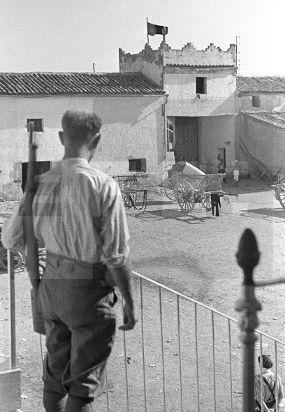 Spain - 1936. - GC - ZONA REPUBLICANA: HUESCA, AGOSTO DE 1936.- Acuartelamiento…