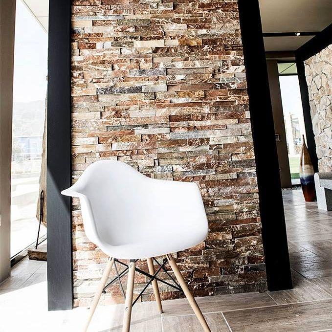 Πάνελ πέτρας S1  Χρησιμοποιείται για επενδύσεις τοίχων σε όψεις κτιρίων, επενδύσεις τοίχων σε περιφράξεις, επενδύσεις τοίχων σε εσωτερικούς χώρους και γενικά για διακόσμηση και διαμόρφωση χώρων με πέτρα. www.toutsis.gr/product/panel-s1