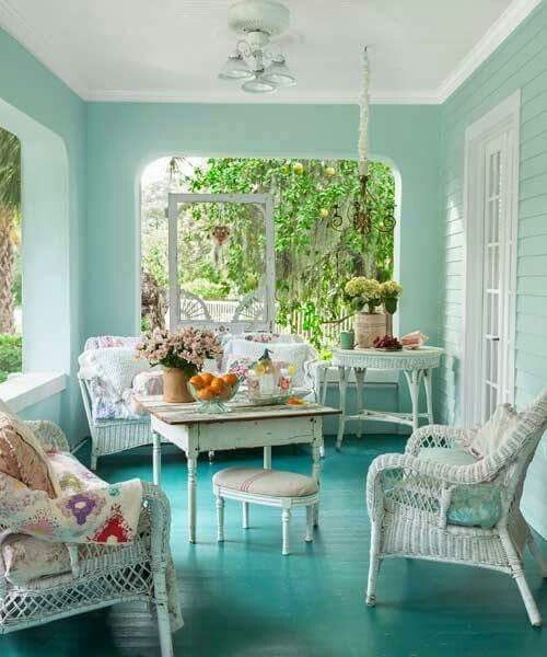 so inviting and calm, adore the screen door hang in the background