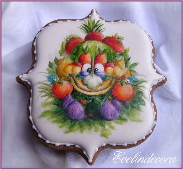 Foody Expo 2015 cookie by Evelindecora, posted on Cookie Connection.  Fruit and vegetable art face - joyful creativity!